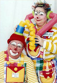 Cuddles and Billy The Clowns - Contact Us for Clown Parties in Wisconsin